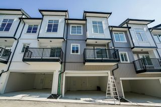 Photo 2: 75 5867 129 Street in Surrey: Panorama Ridge Townhouse for sale : MLS®# R2349699