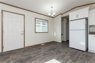 """Photo 11: 34 20071 24 Avenue in Langley: Brookswood Langley Manufactured Home for sale in """"Fernridge Park"""" : MLS®# R2484697"""