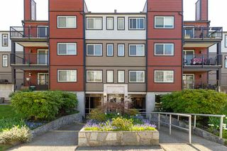 Photo 1: 202 2344 ATKINS Avenue in Port Coquitlam: Central Pt Coquitlam Condo for sale : MLS®# R2565721