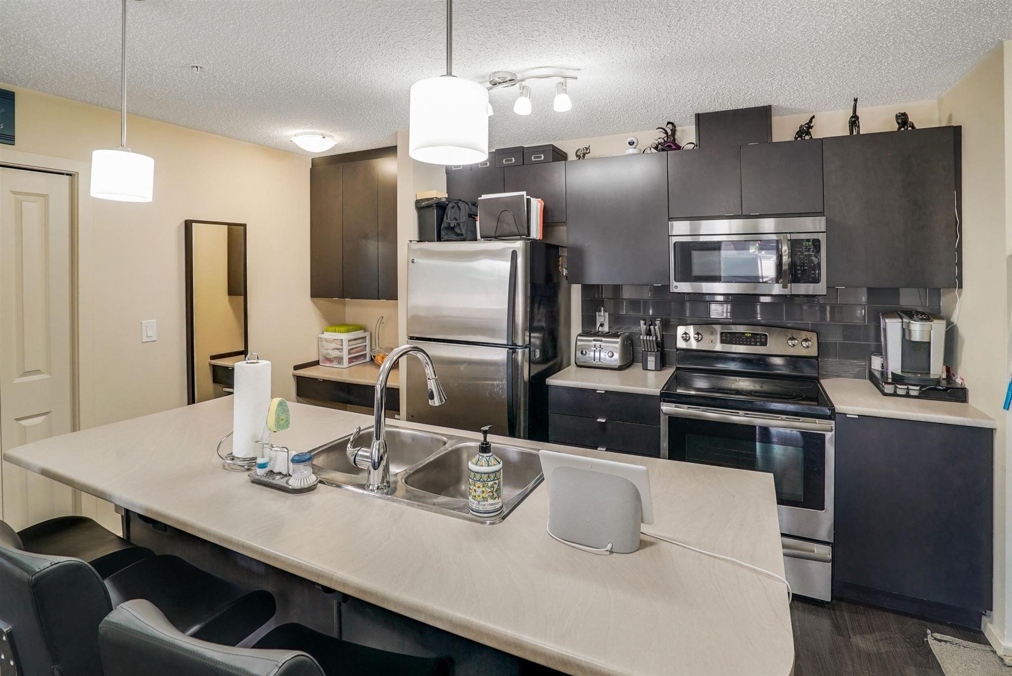 Main Photo: 114 3357 16A Avenue in Edmonton: Zone 30 Condo for sale : MLS®# E4248911