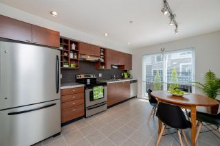 """Photo 5: 39 15833 26 Avenue in Surrey: Grandview Surrey Townhouse for sale in """"Brownstones"""" (South Surrey White Rock)  : MLS®# R2277501"""