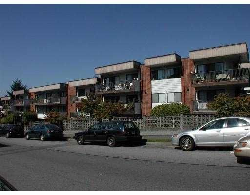 Main Photo: 232 2033 TRIUMPH Street in Vancouver: Hastings Condo for sale (Vancouver East)  : MLS®# V667643