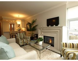 """Photo 6: #2 1891 Marine in West Vancouver: Ambleside Condo for sale in """"Park view place"""" : MLS®# V796758"""