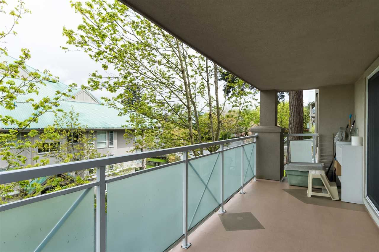 """Photo 18: Photos: 201 15130 29A Avenue in Surrey: King George Corridor Condo for sale in """"The Sands"""" (South Surrey White Rock)  : MLS®# R2161626"""