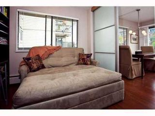 Photo 5: 210 1420 E.7TH Ave in Landmark Court: Home for sale : MLS®# V819451