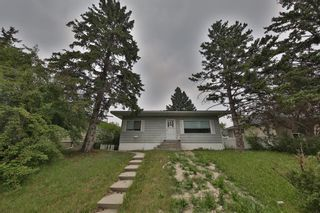 Main Photo: 3020 Morley Trail NW in Calgary: Banff Trail Detached for sale : MLS®# A1131072