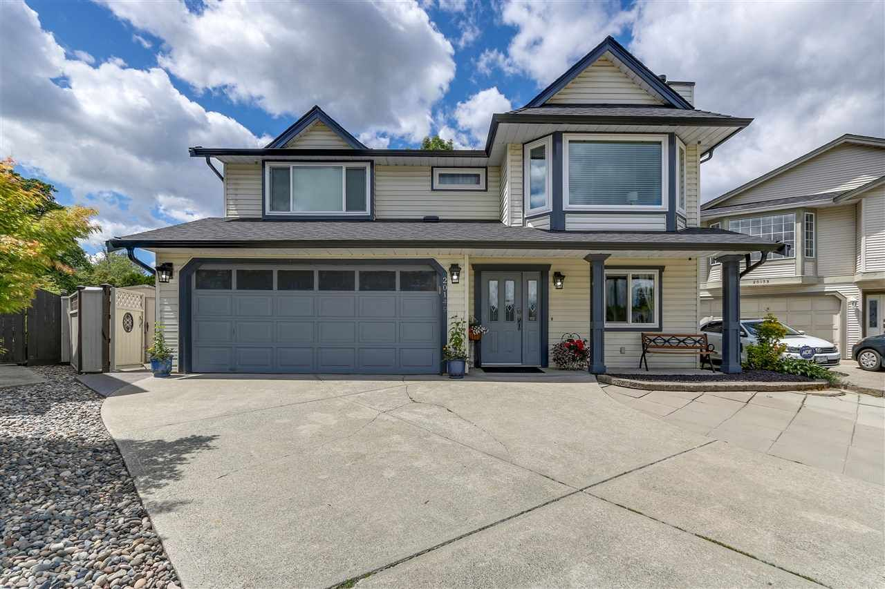 Main Photo: 20149 ASHLEY CRESCENT in : Southwest Maple Ridge House for sale : MLS®# R2278823