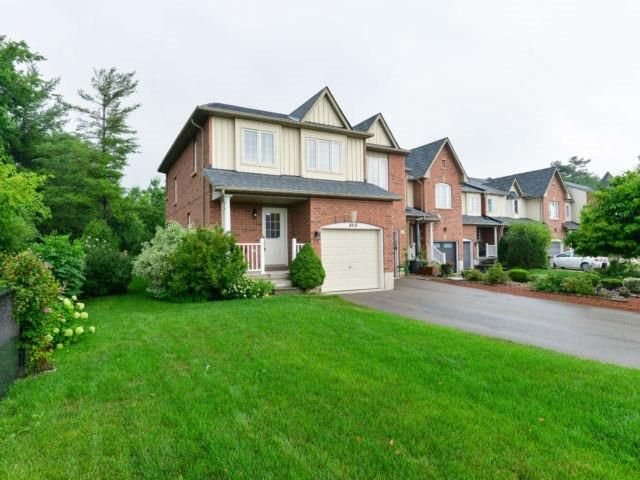 Main Photo: 464 Riverstone Dr in Oakville: Uptown Core Freehold for sale : MLS®# W4214667