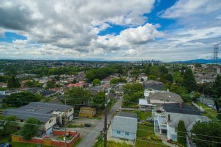 Photo 8: 3810 PENDER STREET in Burnaby North: Home for sale : MLS®# R2095251