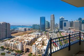 Photo 4: Condo for rent : 2 bedrooms : 700 W Harbor Dr #2101 in San Diego
