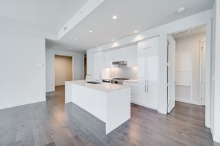 Photo 9: 4501 10360 102 Street NW: Edmonton Condo for sale