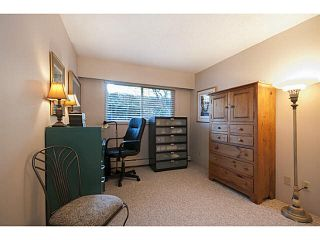 """Photo 16: 101 325 W 3RD Street in North Vancouver: Lower Lonsdale Condo for sale in """"HARBOURVIEW"""" : MLS®# V1110069"""