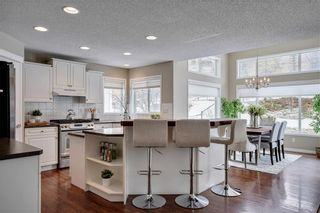 Photo 6: 7772 SPRINGBANK Way SW in Calgary: Springbank Hill Detached for sale : MLS®# C4287080