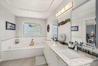 """Photo 21: 828 PARKER Street: White Rock House for sale in """"EAST BEACH"""" (South Surrey White Rock)  : MLS®# R2607727"""