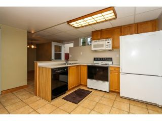 """Photo 11: 22078 CLIFF Avenue in Maple Ridge: West Central House for sale in """"WEST CENTRAL"""" : MLS®# V1103896"""