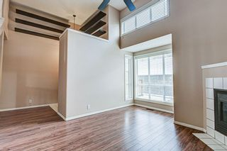 Photo 3: 19 Millrose Place SW in Calgary: Millrise Row/Townhouse for sale : MLS®# A1049361