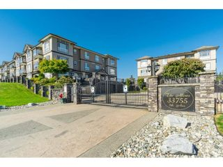 """Photo 1: A116 33755 7TH Avenue in Mission: Mission BC Condo for sale in """"THE MEWS"""" : MLS®# R2508511"""