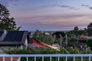 Photo 3: SAN DIEGO House for sale : 4 bedrooms : 5255 Edgeworth Rd