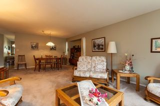 Photo 6: 21583 93B Avenue in Langley: Walnut Grove House for sale : MLS®# R2160482