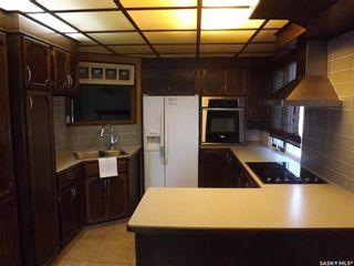 Photo 3: 734 Henry Street in Estevan: Hillside Residential for sale : MLS®# SK828343