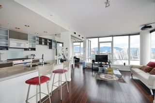 Photo 8: 3503 928 Beatty Street in Vancouver: Yaletown Condo for sale (Vancouver West)  : MLS®# R2212258