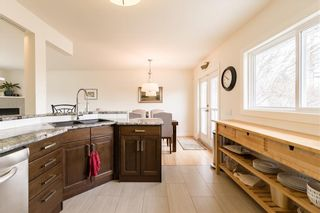 Photo 10: 143 Capri Avenue NW in Calgary: Charleswood Detached for sale : MLS®# A1114057