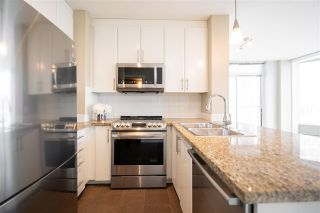 """Photo 5: 2207 58 KEEFER Place in Vancouver: Downtown VW Condo for sale in """"Firenze"""" (Vancouver West)  : MLS®# R2581029"""