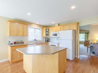 Photo 4: 435 Day Pl in PARKSVILLE: PQ Parksville House for sale (Parksville/Qualicum)  : MLS®# 839857