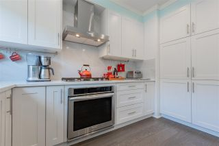 """Photo 10: 33 2687 158TH Street in Surrey: Grandview Surrey Townhouse for sale in """"Jacobsen"""" (South Surrey White Rock)  : MLS®# R2588821"""