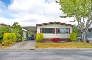 Photo 18: 79 2303 CRANLEY DRIVE in Surrey: King George Corridor Manufactured Home for sale (South Surrey White Rock)  : MLS®# R2384699