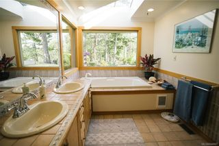 Photo 31: 5802 Pirates Rd in Pender Island: GI Pender Island House for sale (Gulf Islands)  : MLS®# 844907