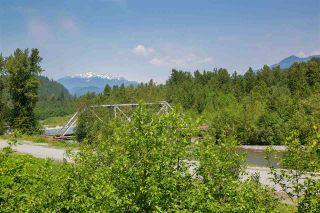 Photo 18: 37 39893 GOVERNMENT ROAD in Squamish: Northyards Townhouse for sale : MLS®# R2407142