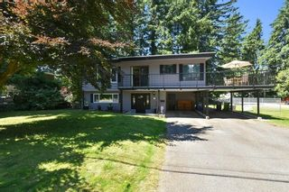 """Photo 2: 3293 BEVERLEY Crescent in Abbotsford: Abbotsford East House for sale in """"Ten Oaks"""" : MLS®# R2596696"""