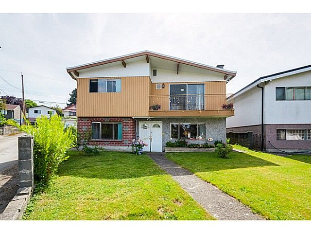 Main Photo: 4650 BALDWIN Street in Vancouver: Victoria VE House for sale (Vancouver East)  : MLS®# V1076552
