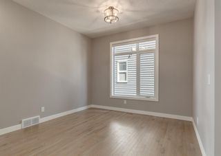 Photo 6: 203 Crestridge Hill SW in Calgary: Crestmont Detached for sale : MLS®# A1105863