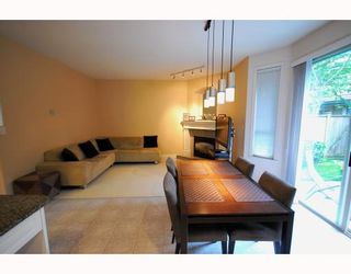 Photo 4: 4 8693 NO 3 Road in Richmond: Broadmoor Townhouse for sale : MLS®# V780928