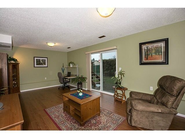 """Photo 8: Photos: 9725 155A Street in Surrey: Guildford House for sale in """"BRIARWOOD"""" (North Surrey)  : MLS®# F1430730"""