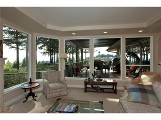 Photo 12: 4401 Woodpark Road in West Vancouver: Cypress Park Estates House for sale : MLS®# V1061125