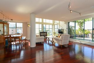 """Photo 7: 802 518 W 14TH Avenue in Vancouver: Fairview VW Condo for sale in """"PACIFICA"""" (Vancouver West)  : MLS®# R2411857"""