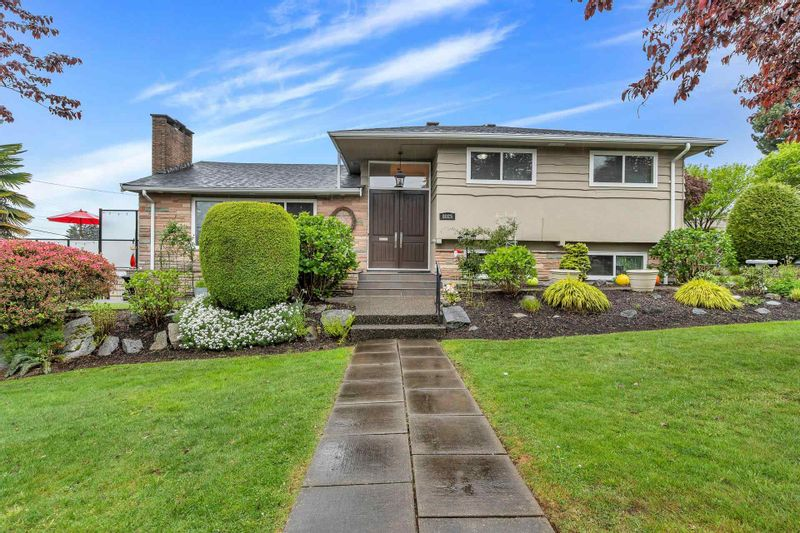 FEATURED LISTING: 8025 BORDEN Street Vancouver