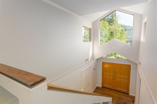 Photo 21: 3901 BRAEMAR Place in North Vancouver: Braemar House for sale : MLS®# R2488554