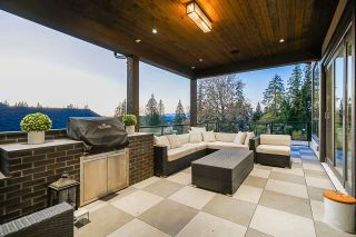 Photo 13: 16731 MCNAIR Drive in Surrey: Sunnyside Park Surrey House for sale (South Surrey White Rock)  : MLS®# R2602479