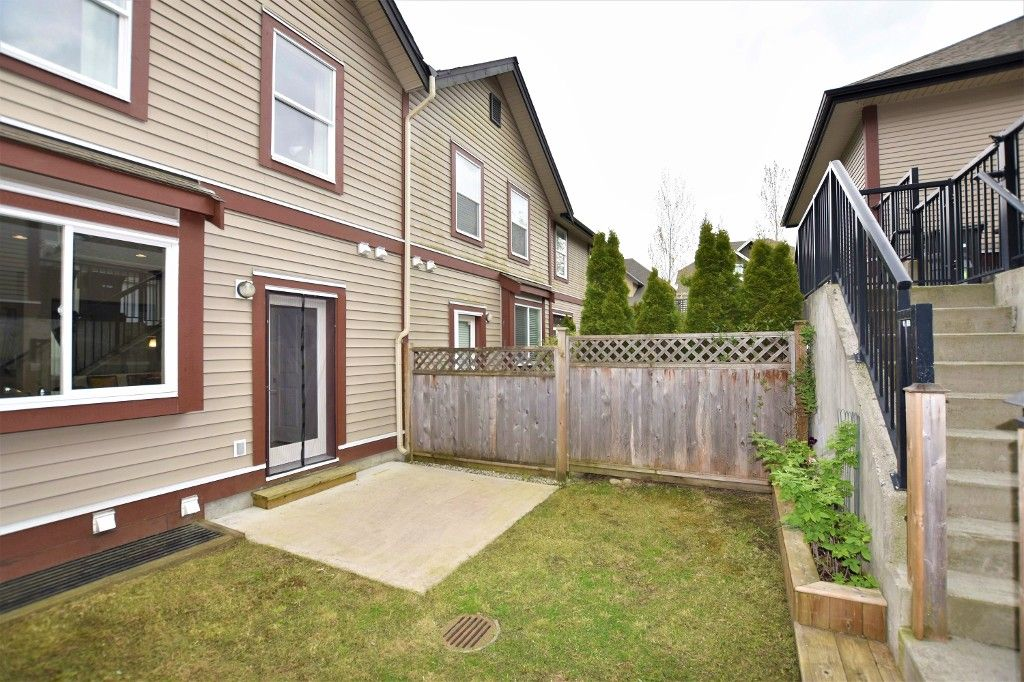 """Photo 19: Photos: 20849 71B Avenue in Langley: Willoughby Heights Condo for sale in """"Milner Heights"""" : MLS®# R2161882"""