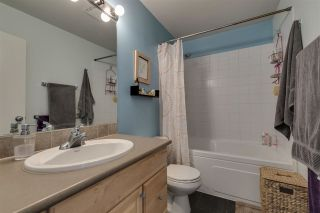 Photo 5: 1025 BROTHERS Place in Squamish: Northyards 1/2 Duplex for sale : MLS®# R2373041