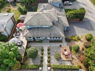 Photo 2: 1483 136 Street in Surrey: Crescent Bch Ocean Pk. 1/2 Duplex for sale (South Surrey White Rock)  : MLS®# R2622071