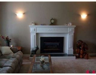 Photo 5: 15427 92A Avenue in Surrey: Fleetwood Tynehead House for sale : MLS®# F2818139