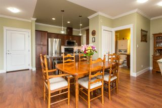 """Photo 4: 408 33338 MAYFAIR Avenue in Abbotsford: Central Abbotsford Condo for sale in """"The Sterling"""" : MLS®# R2456135"""