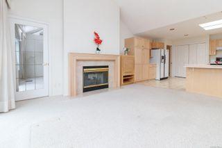 Photo 8: 15 928 Bearwood Lane in : SE Broadmead Row/Townhouse for sale (Saanich East)  : MLS®# 872824