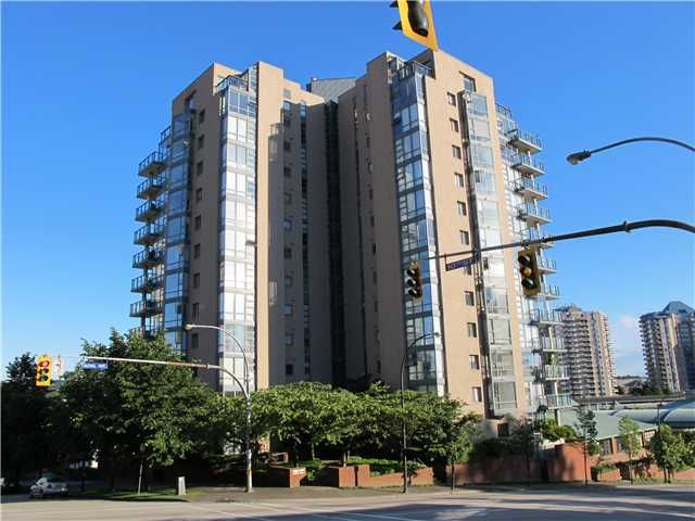 Main Photo: 102 98 10TH Street in New Westminster: Downtown NW Condo for sale : MLS®# V946343