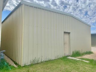 Photo 7: 433 1st Avenue Southeast in Dauphin: Industrial / Commercial / Investment for sale (R30 - Dauphin and Area)  : MLS®# 202113996